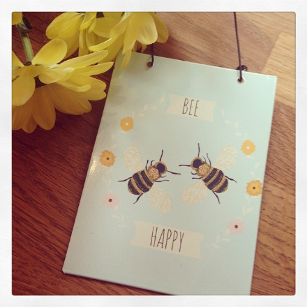 Mini Hanging Metal Sign - Bee Happy Bumble Bees